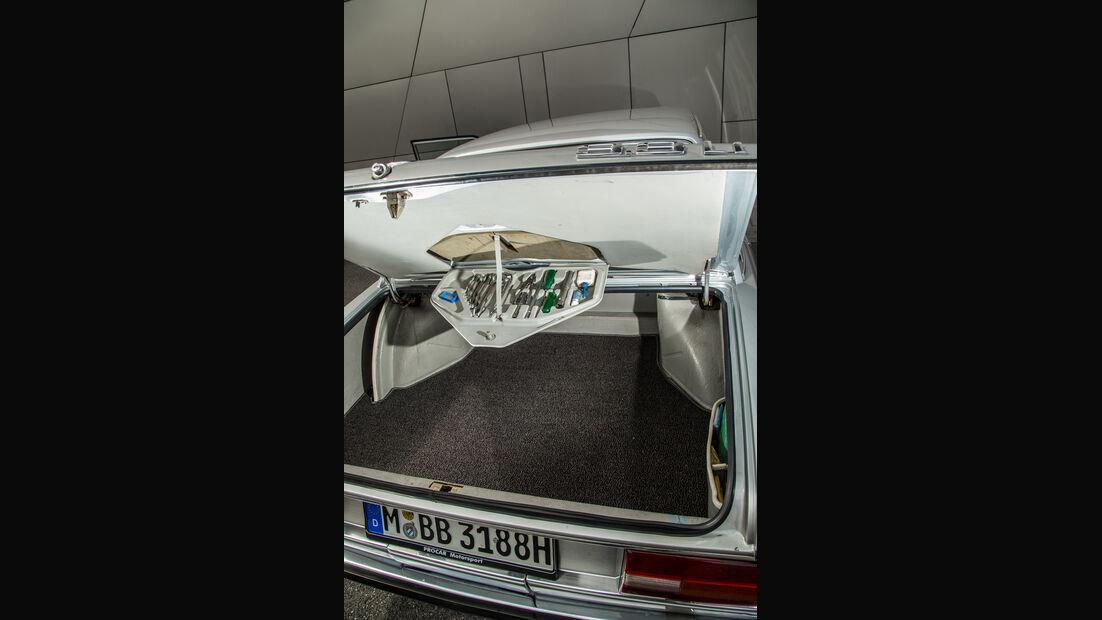 BMW 3.3 Li, Kofferraum
