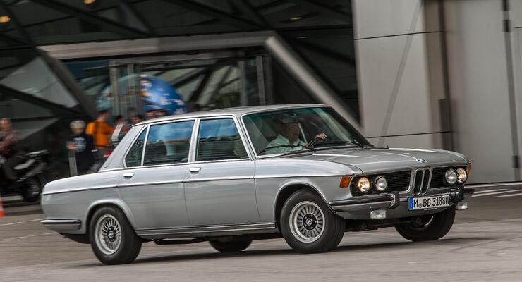 BMW 3.3 Li, Seitenansicht