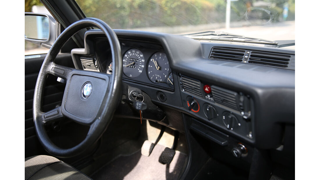 BMW 315, Cockit