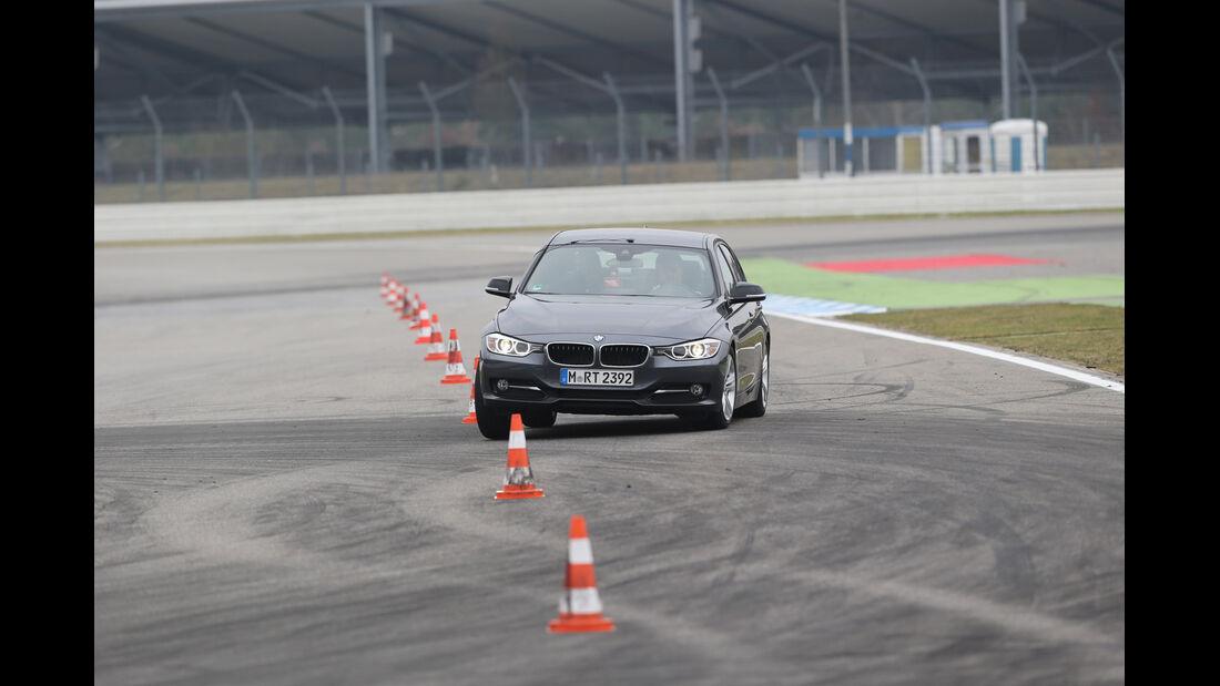 BMW 316d, Frontansicht, Slalom