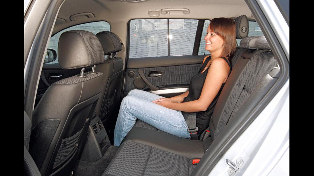 BMW 316d Touring, Rückbank, Beinfreiheit