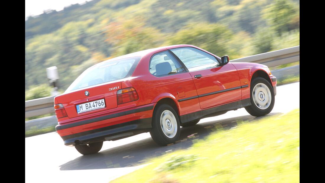 BMW 316i, Heckansicht