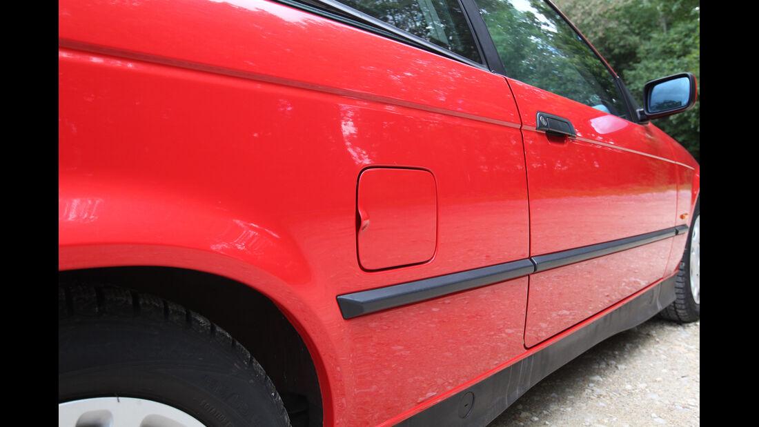 BMW 316i, Tankdeckel, Seitenlinie