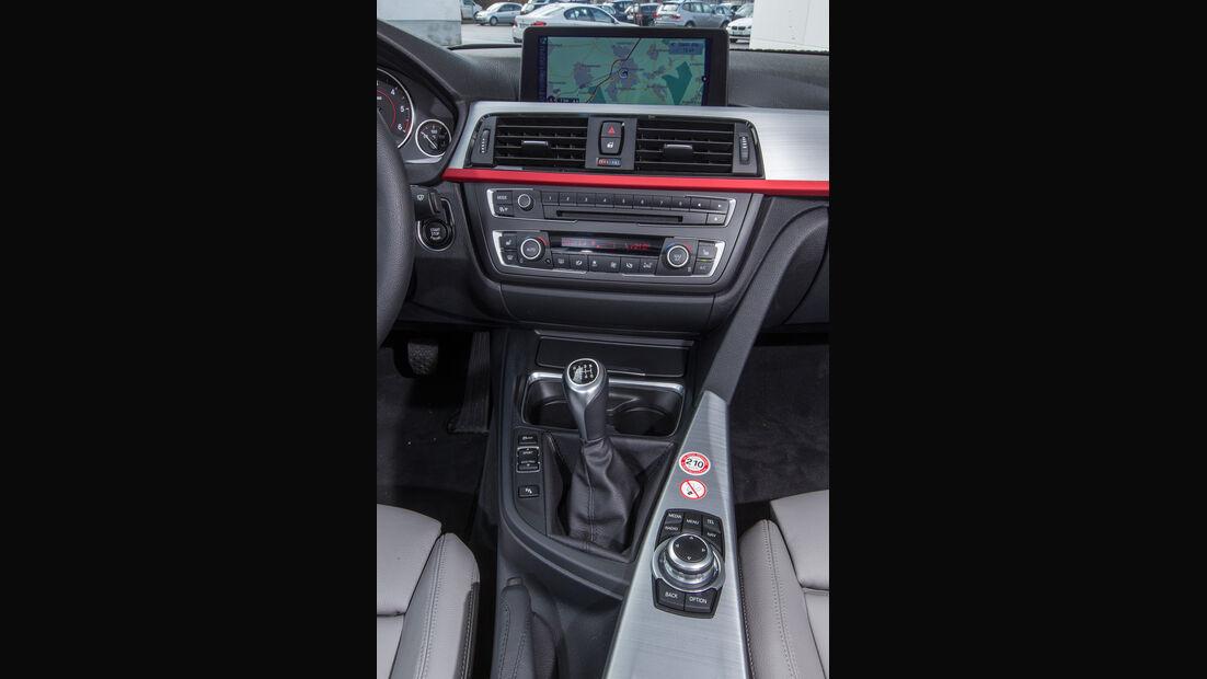 BMW 318d Touring, Mittelkonsole