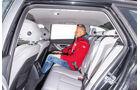 BMW 318d Touring, Rücksitz, Beinfreiheit