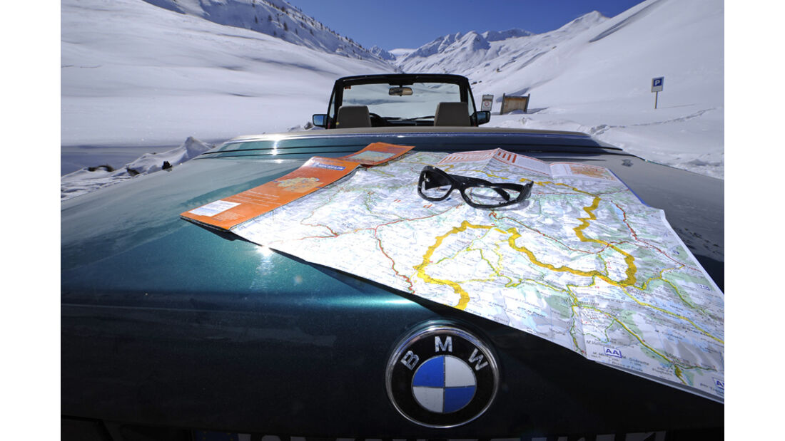 BMW 318i Cabriolet Motorhaube