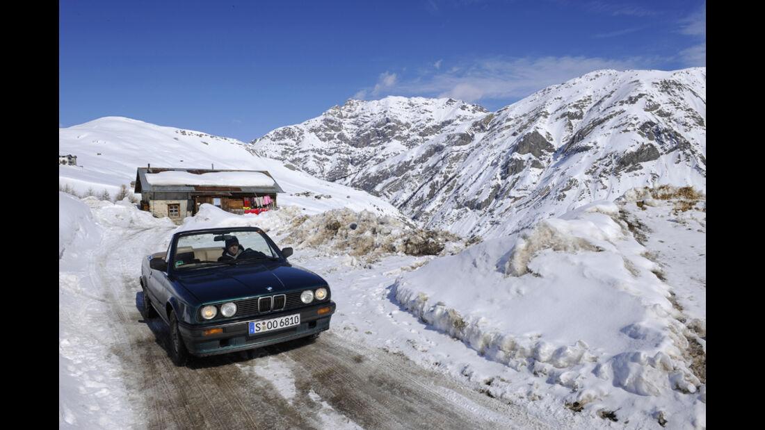 BMW 318i Cabriolet im Schnee