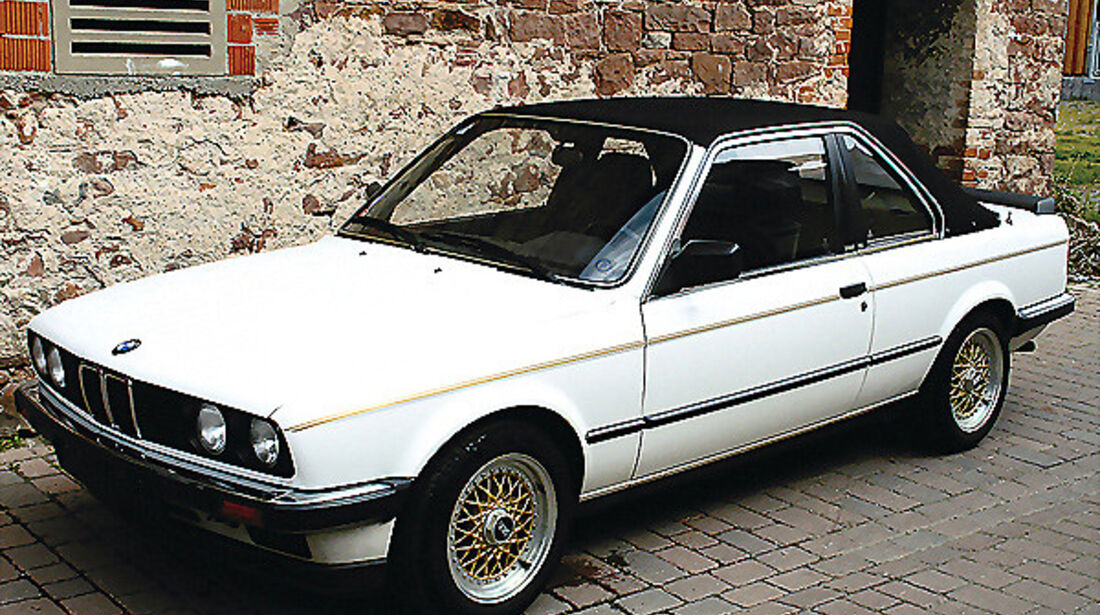 BMW 318i (E30)