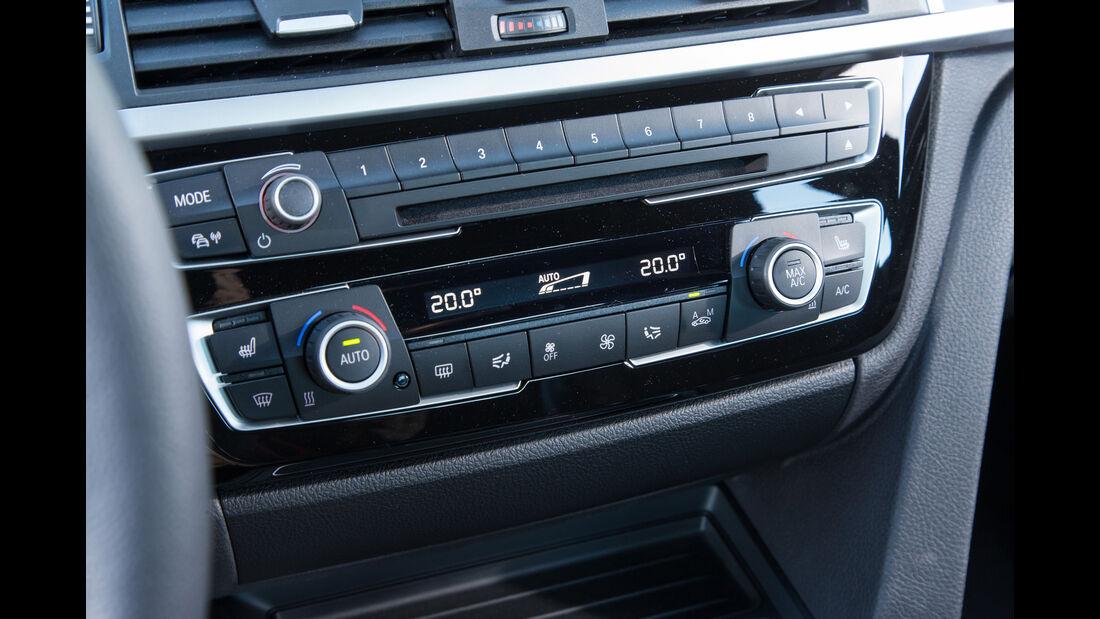 BMW 318i, Infotainment
