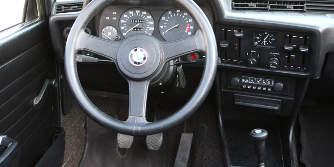 BMW 320 Baur Topcabriolet (TC1), Baujahr 1979, Cockpit