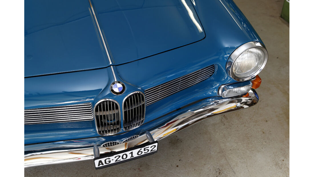 BMW 3200 CS, Motorhaube