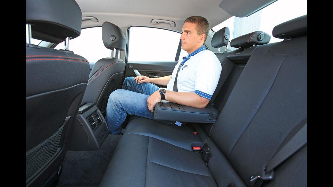 BMW 320d Automatik, Rücksitz, Armlehne