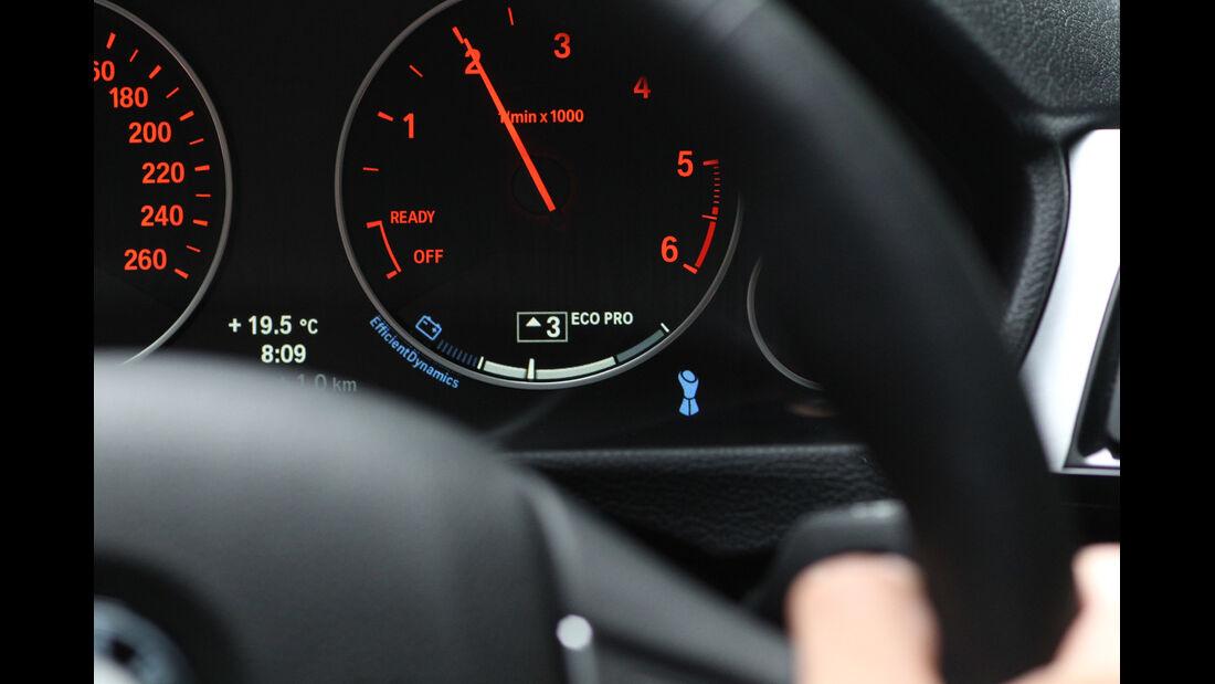 BMW 320d Efficient Dynamics Edition, Rundinstrument, Drehzahlmesser