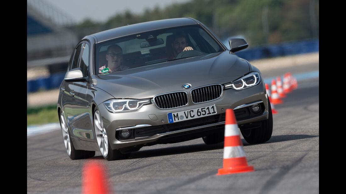 BMW 320d, Frontansicht, Slalom