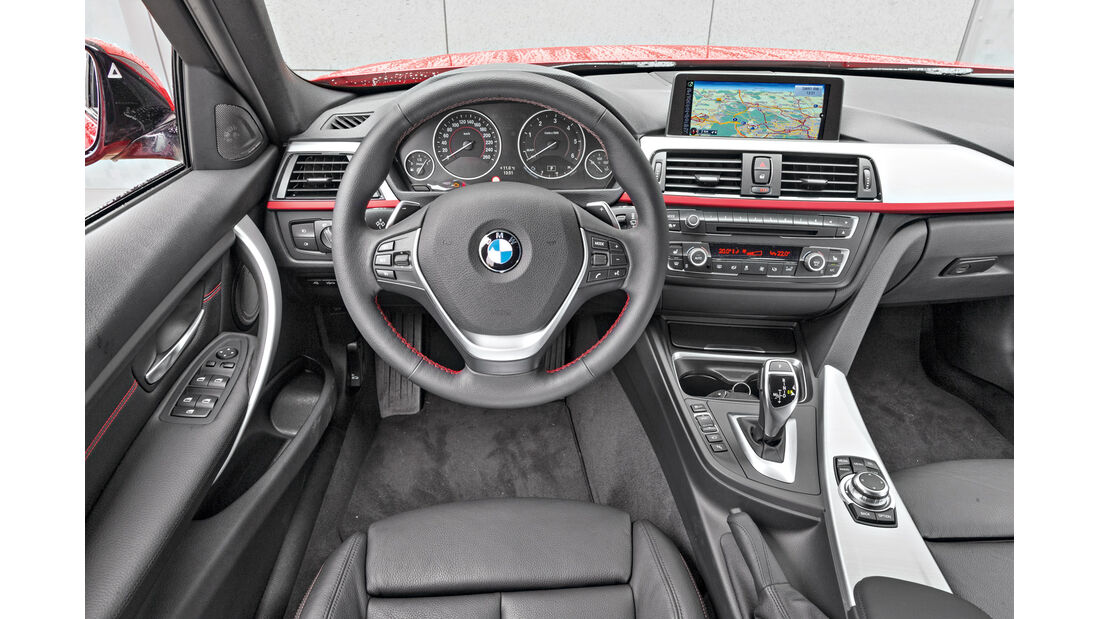 BMW 320d Touring Sportline, Cockpit