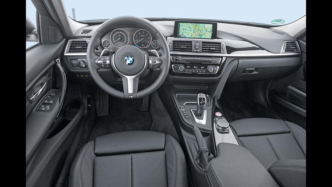 BMW 320d xDrive Touring, Cockpit