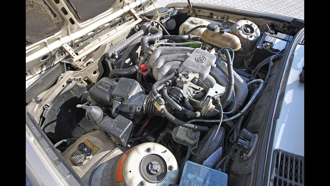 BMW 320i Baur TC2, Motor