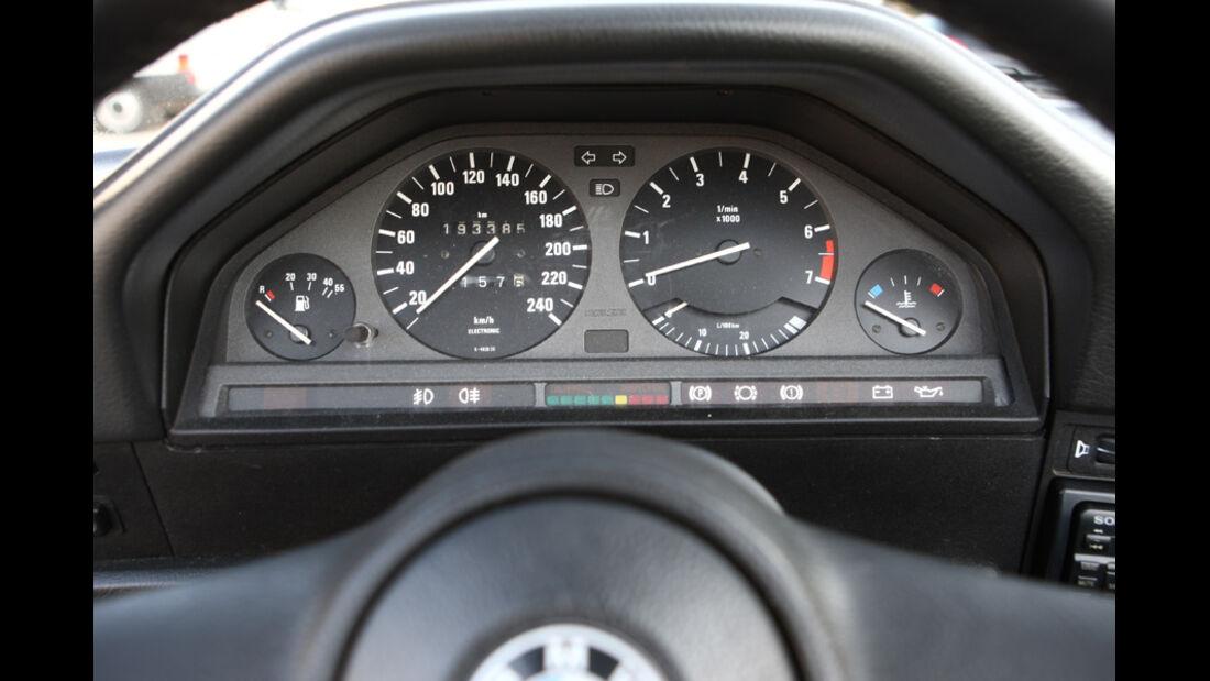 BMW 320i Baur Topcabriolet (TC2), Baujahr 1986, Instrumentenbrett
