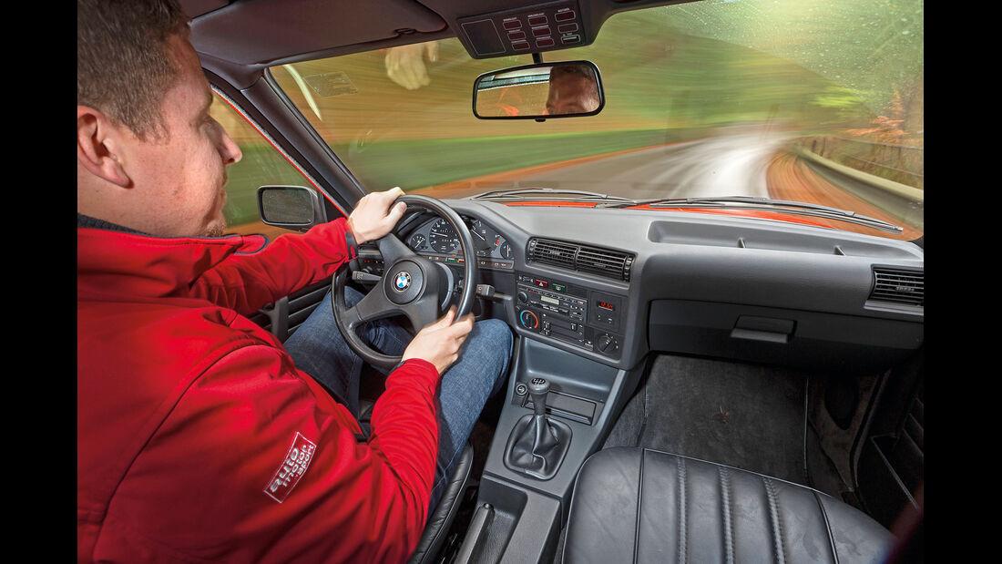 BMW 320i, Cockpit, Fahrersicht