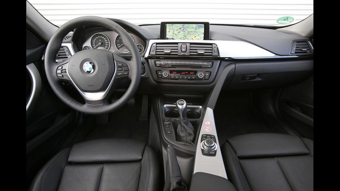 BMW 320i Efficient Dynamics Edition, Cockpit, Lenkrad