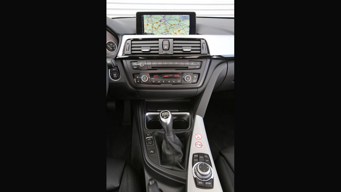 BMW 320i Efficient Dynamics Edition, Mittelkonsole