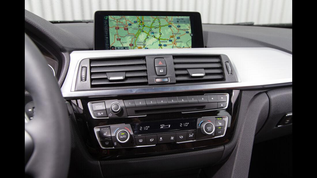 BMW 320i Touring, Navi
