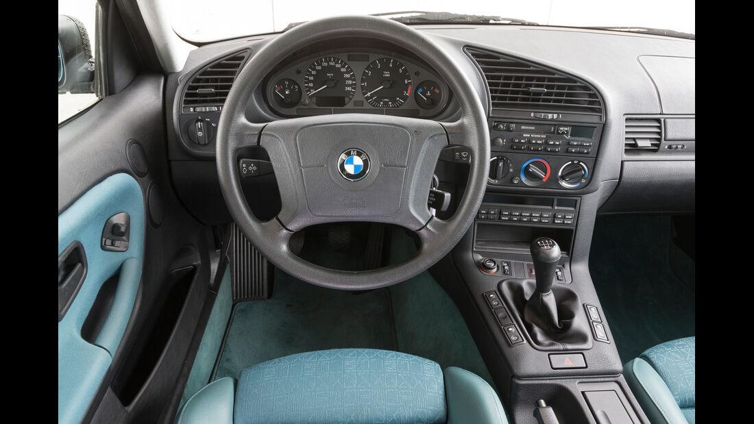 BMW 323i, Cockpit