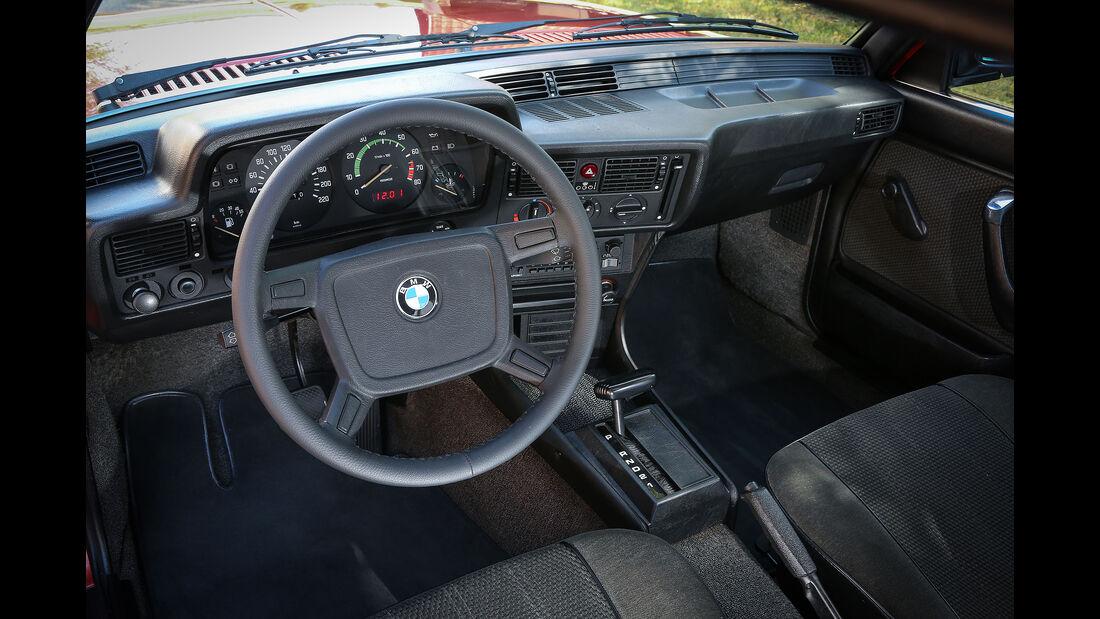 BMW-323i-Interieur