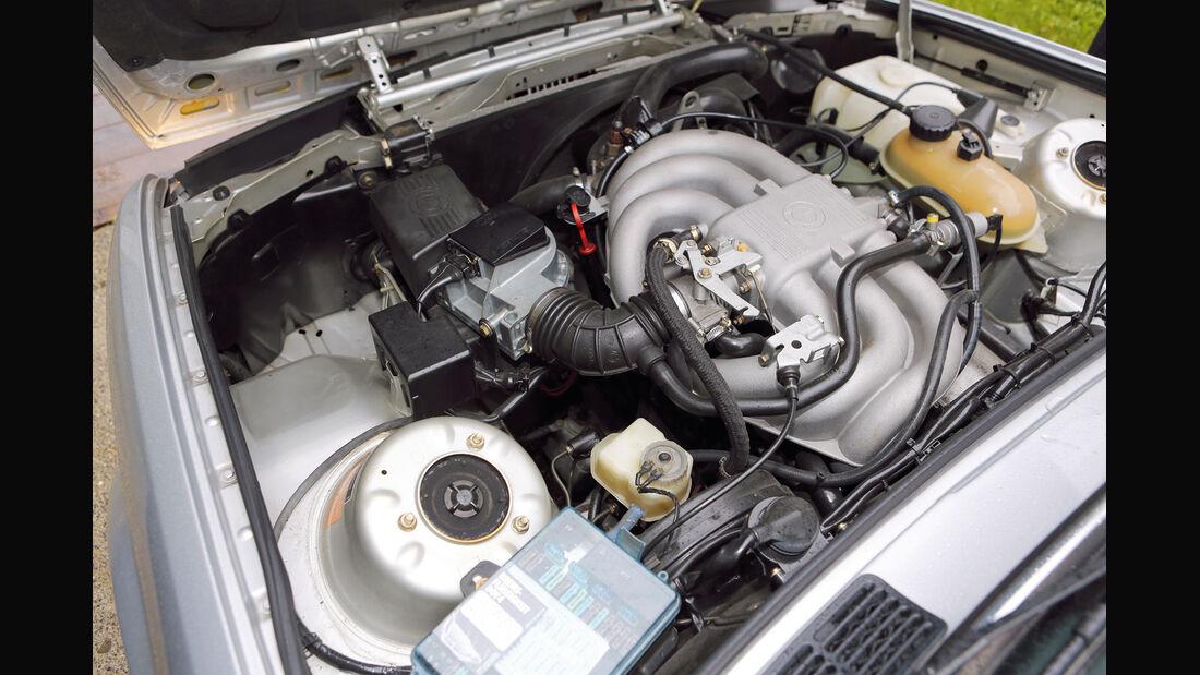 BMW 325e, Motor