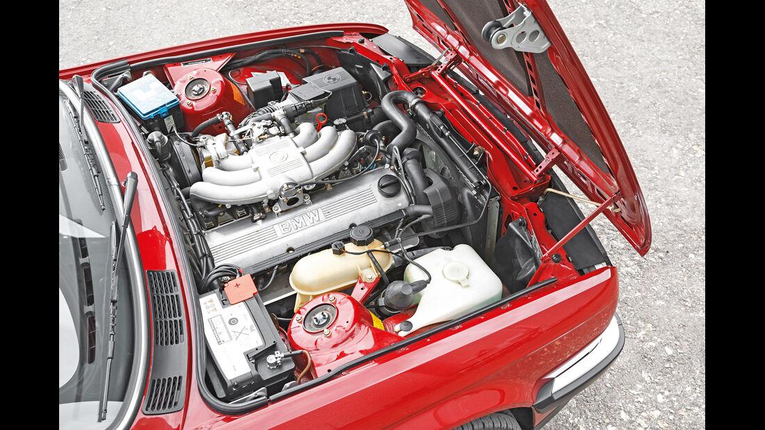 BMW 325i Cabrio, Motor