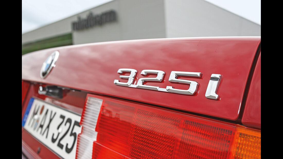 BMW 325i Cabrio, Typenbezeichnung