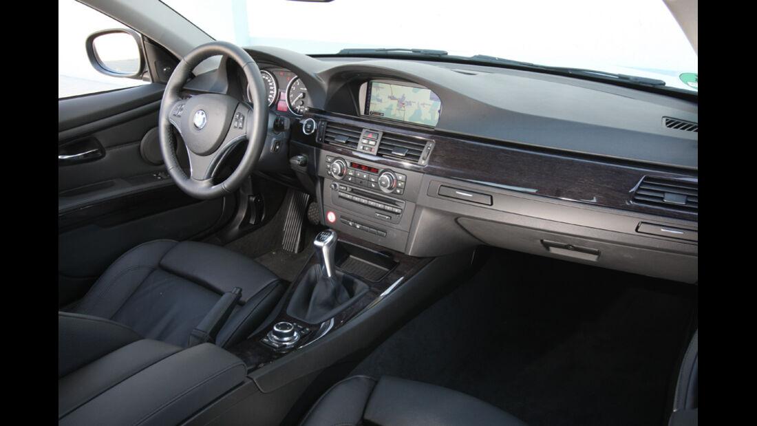 BMW 325i Coupe, Cockpit