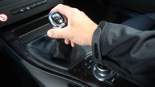 BMW 325i Coupe, Schaltung