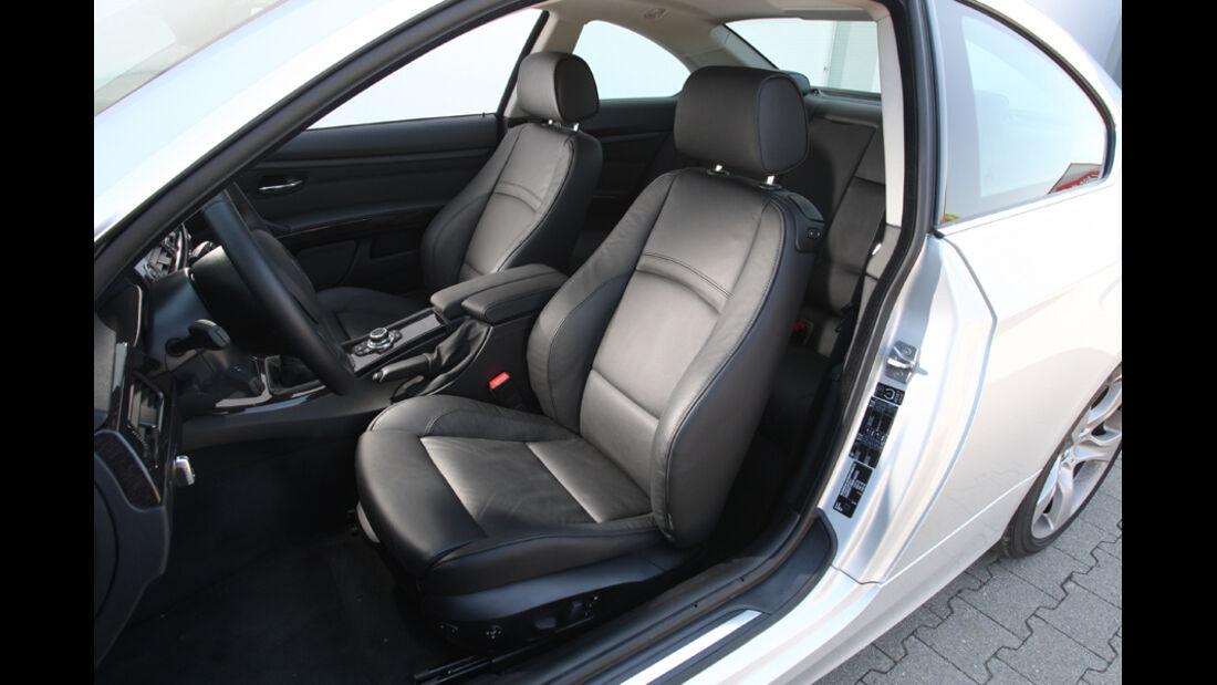 BMW 325i Coupe, Sitze