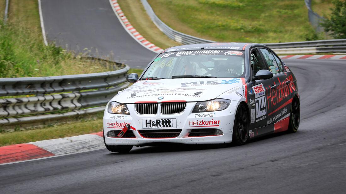 BMW 325i - Startnummer #744 - MSC Adenau e. V. im ADAC - V4 - NLS 2020 - Langstreckenmeisterschaft - Nürburgring - Nordschleife