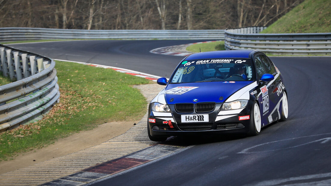 BMW 325i - Startnummer #749 - V4 - NLS 2021 - Langstreckenmeisterschaft - Nürburgring - Nordschleife