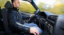 BMW 325i Touring (E 30), Cockpit, Instrumententafel, Lenkrad, Deteil