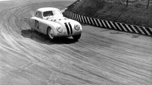 BMW 328 Touring Coupé während des I. Gran Premio Brescia delle Mille Miglia, 28.04.1940
