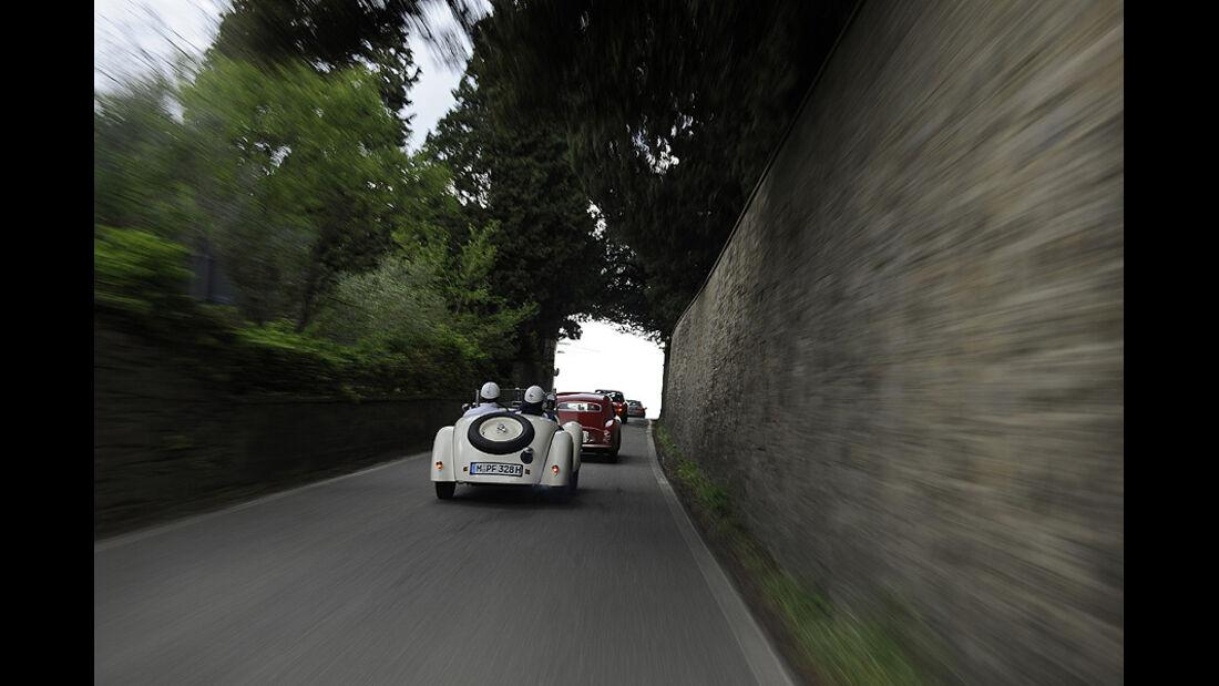 BMW 328 auf der Mille Miglia 2010