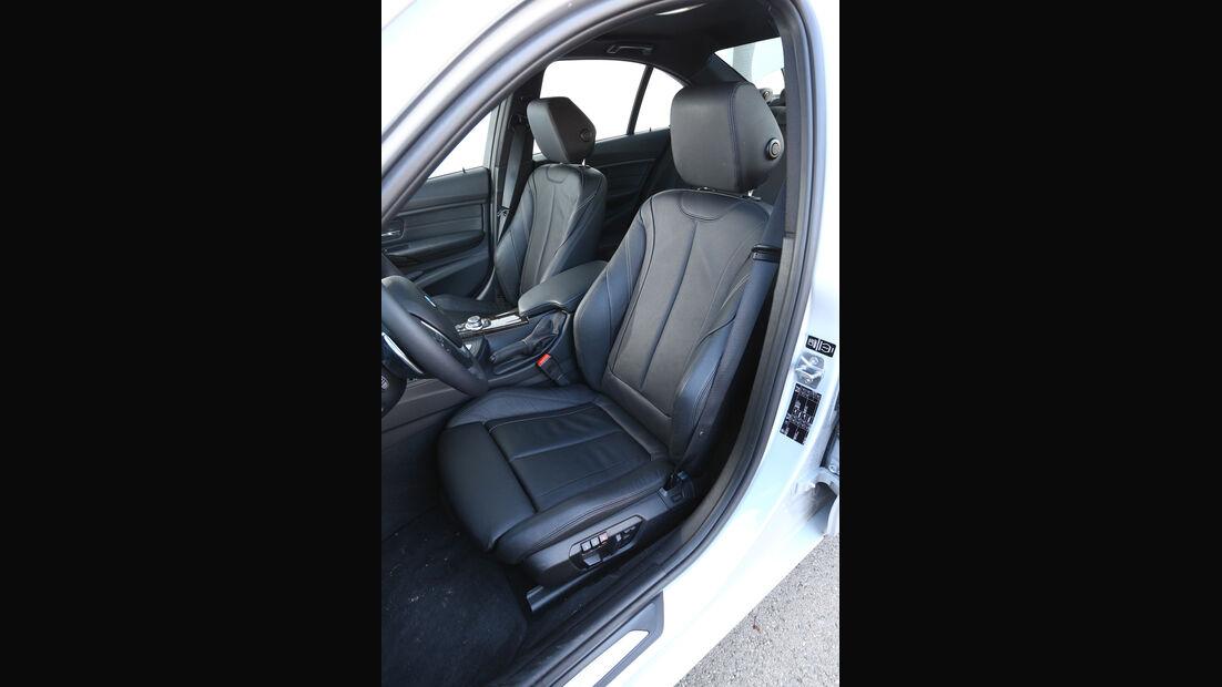 BMW 328i, Fahrersitz