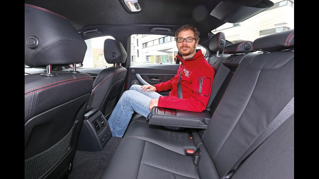 BMW 328i, Rücksitz, Beinfreiheit