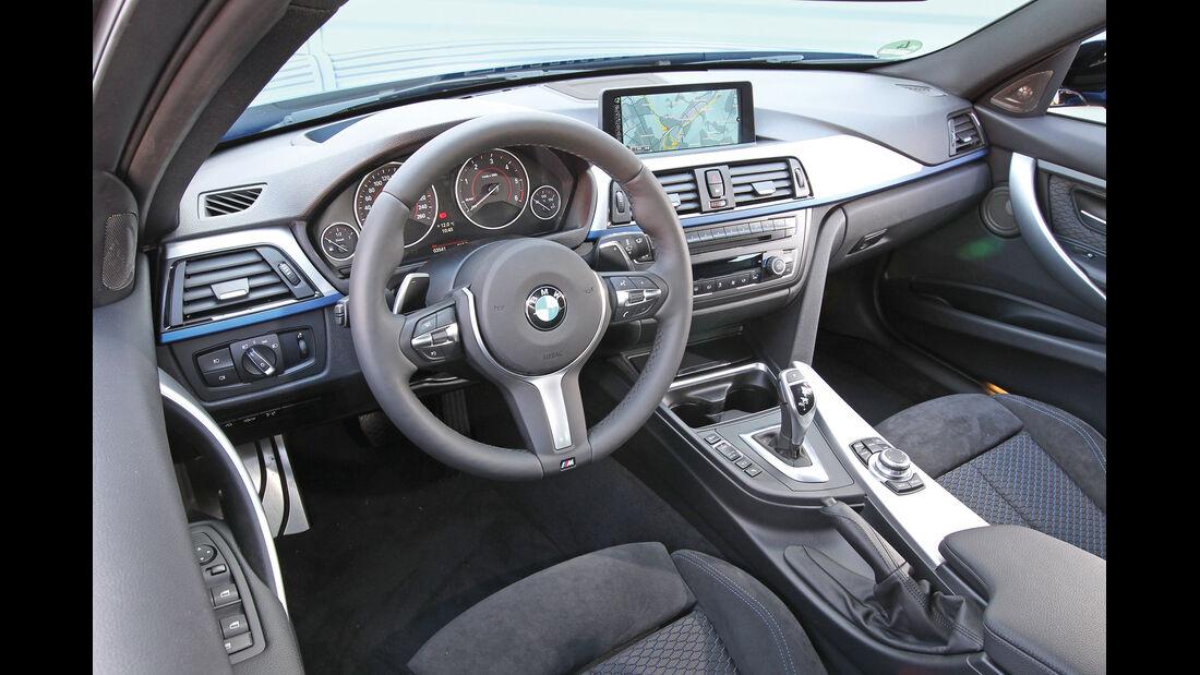BMW 330d Touring, Cockpit, Lenkrad
