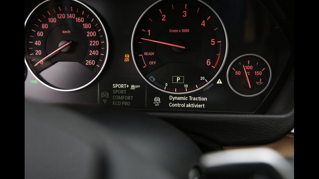 BMW 330d xDrive, Rundinstrumente