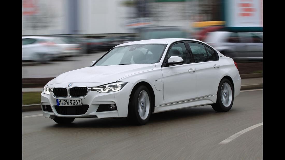 BMW 330e, Frontansicht