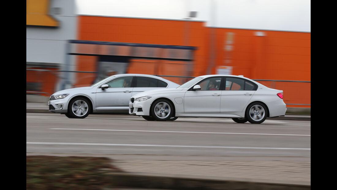 BMW 330e, VW Passat GTE, Seitenansicht
