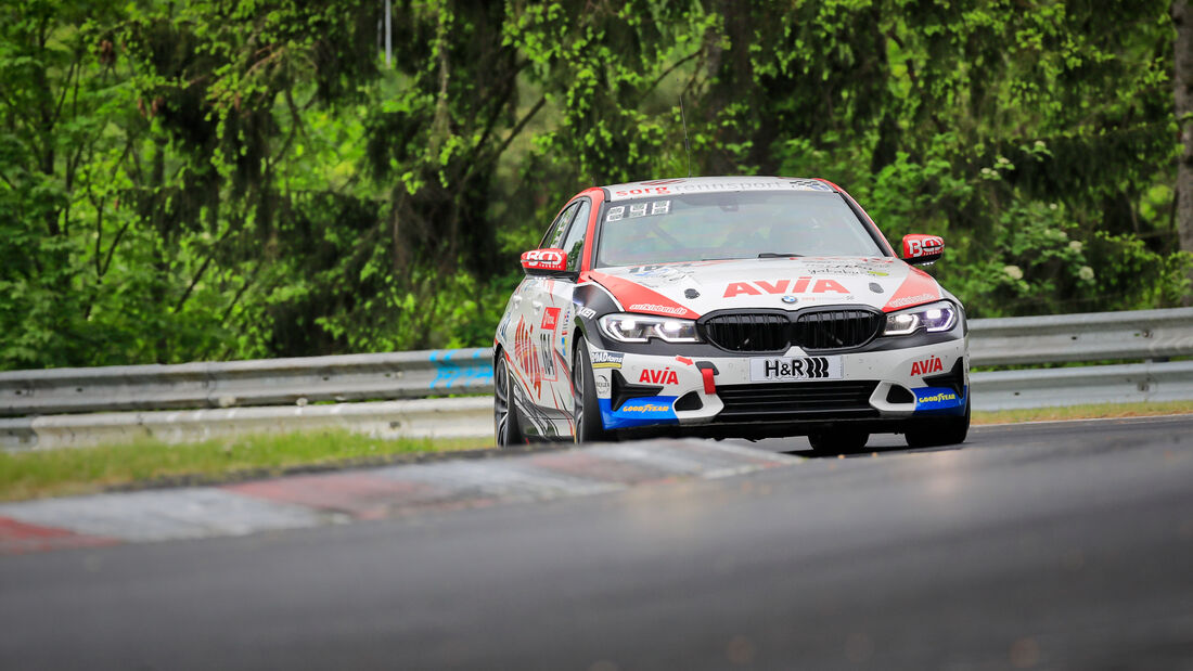 BMW 330i - AVIA Sorg Rennsport - Startnummer #164 - Klasse: V2T - 24h-Rennen - Nürburgring - Nordschleife - 03. - 06. Juni 2021