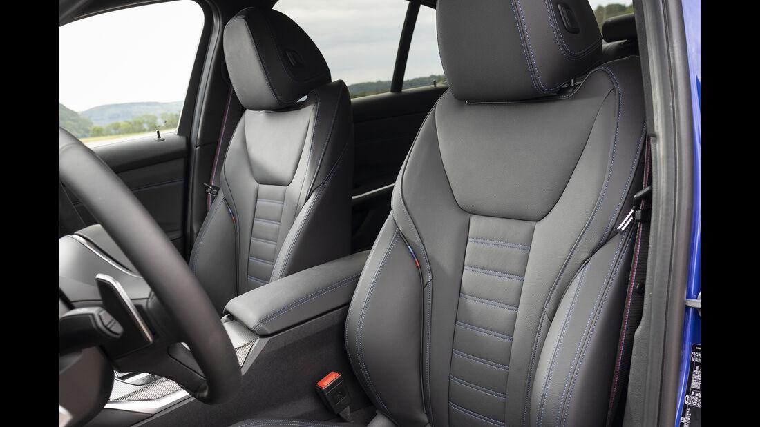 BMW 330i, Interieur