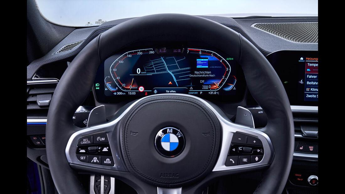 BMW 330i M Sport Limousine 3er G20 (2019) Cockpit