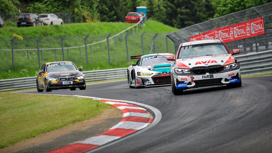 BMW 330i - Startnummer 164 - 24h Rennen Nürburgring - Nürburgring-Nordschleife - 3. Juni 2021