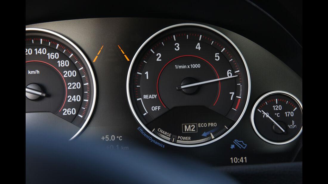 BMW 330i gegen 330d